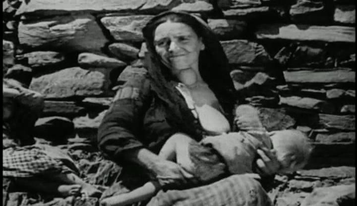 Tierra sin pan (Las Hurdes - 1932- Luis Buñuel).avi_snapshot_10.45_[2018.08.12_04.51.38]